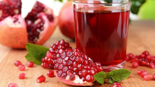 effective-tips-to-reduce-body-heat-naturally-pomegranate-juice