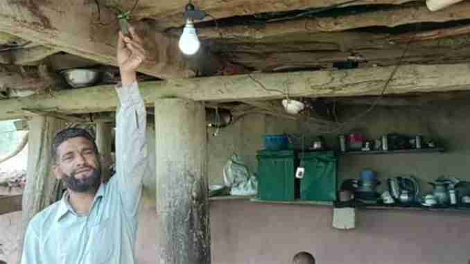 kadola-village-in-jammu-and-kashmir-gets-power-supply-for-first-time